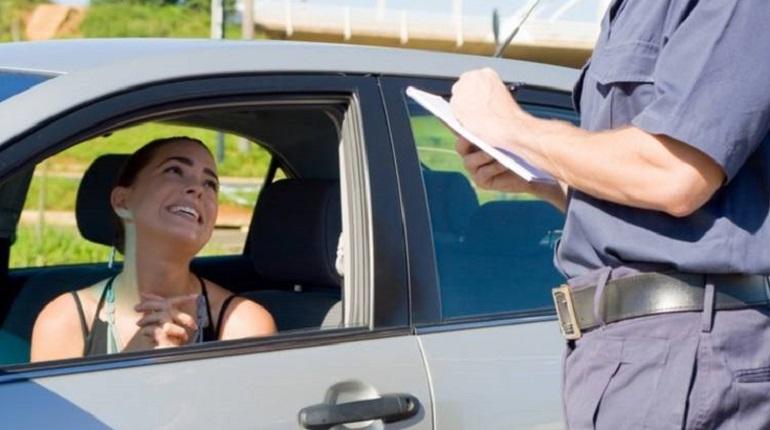 полиция и водитель