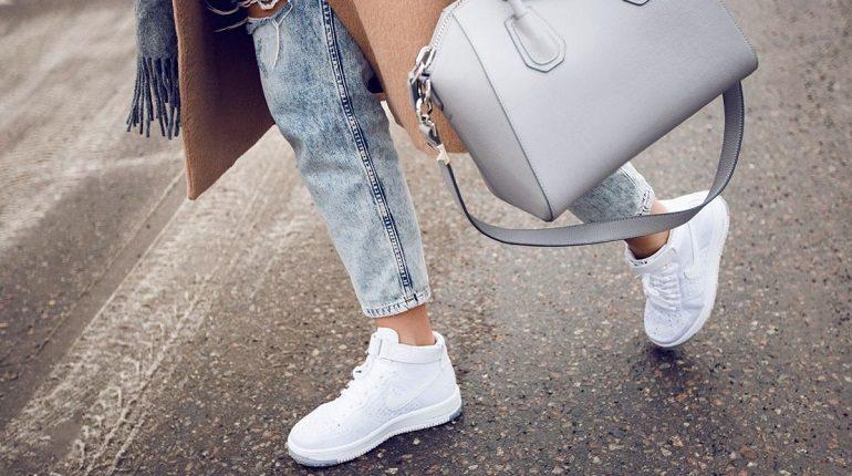 обувь,стиль кэжуал, белые кроссовки