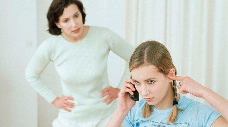 мама с дочкой, мама и ребенок, разговор с ребенком