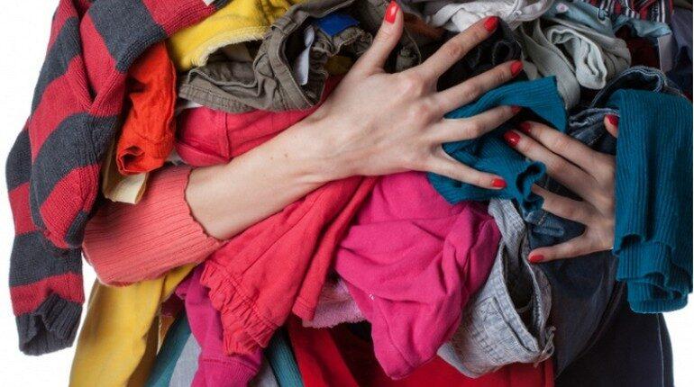 ненужные вещи, старая одежда