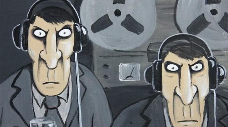 мультяшные шпионы прослушивают телефон