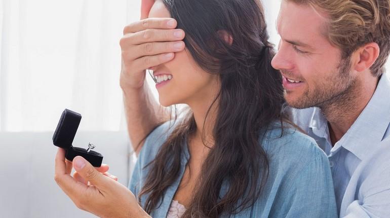 парень с девушкой, счастливая парочка