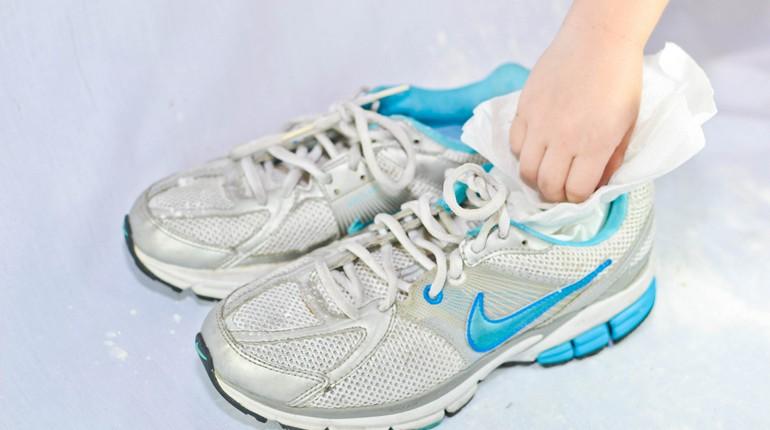 кроссовки, пара кроссовок
