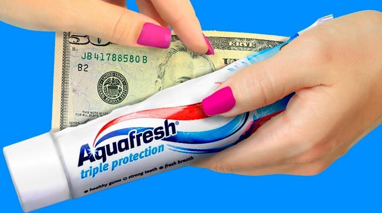 спрятать деньги в пустой футляр от зубной пасты