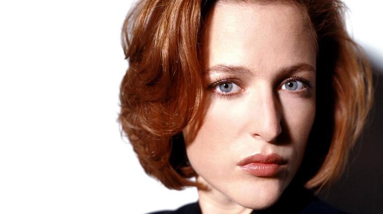 лицо красивой девушки, девушка с голубыми глазами