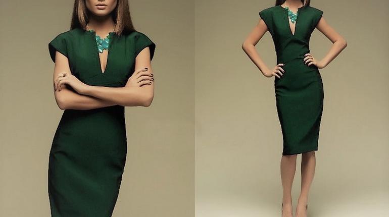 платье-футляр на девушке, темно-зеленое платье-футляр, девушка в платье футляре