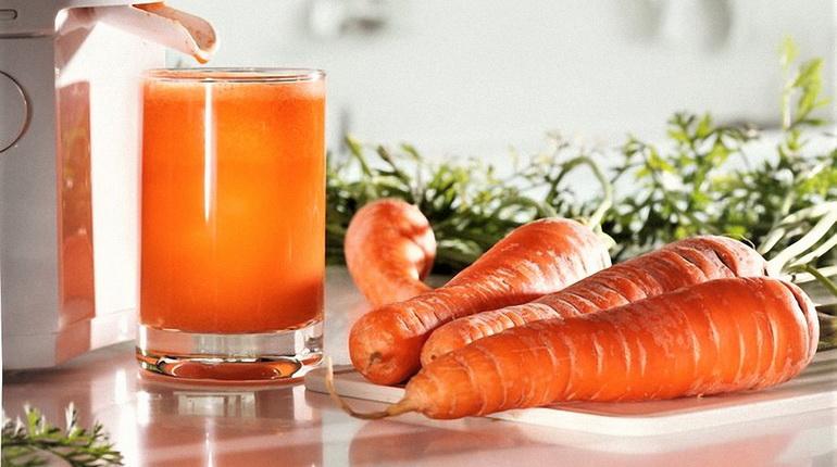морковь, морковь и морковный сок, морковь помытая