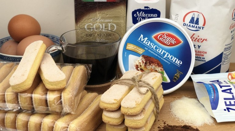 ингридиенты для приготовления тирамису, итальянский десерт