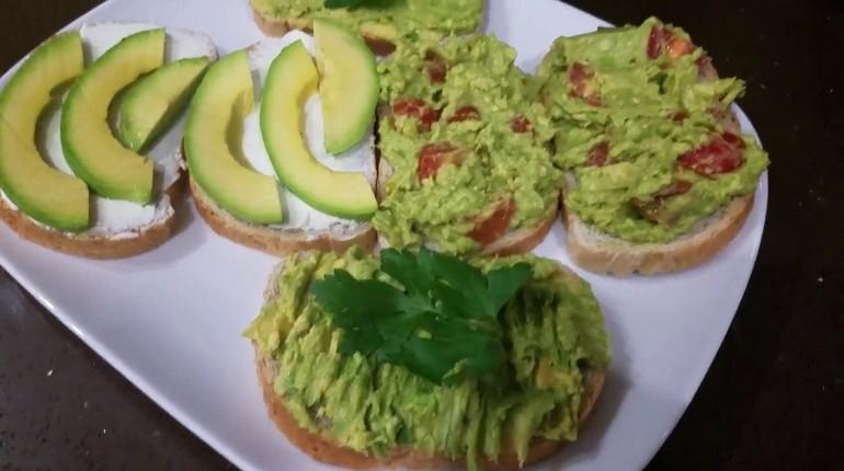 бутепброды с авокадо, закуски для вегетарианцев