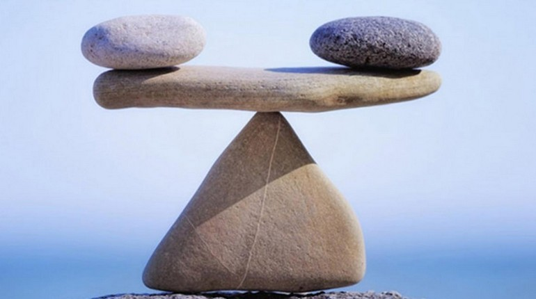 каменные весы, баланс камней