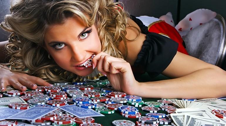 девушка в казино, зависимость от азартных игр