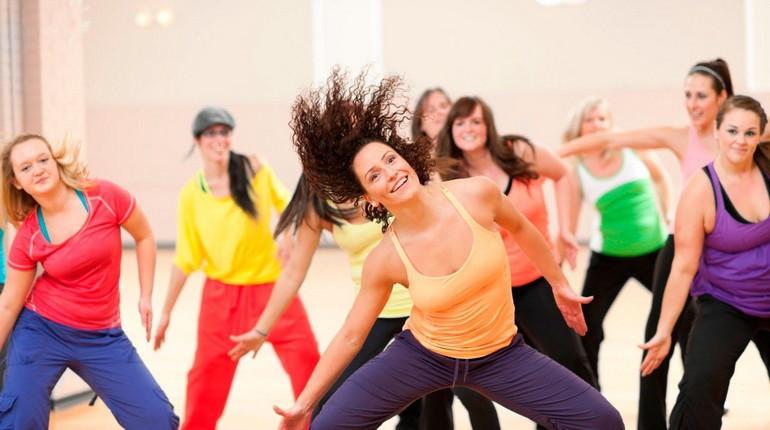 зумба, зажигательные латиноамериканские движения, супер тренировка