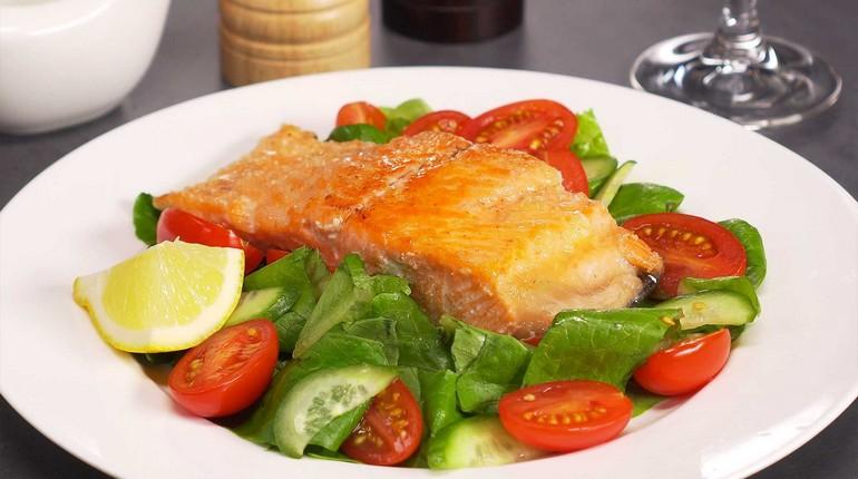 рыба с овощами, вкусный и полезный обед