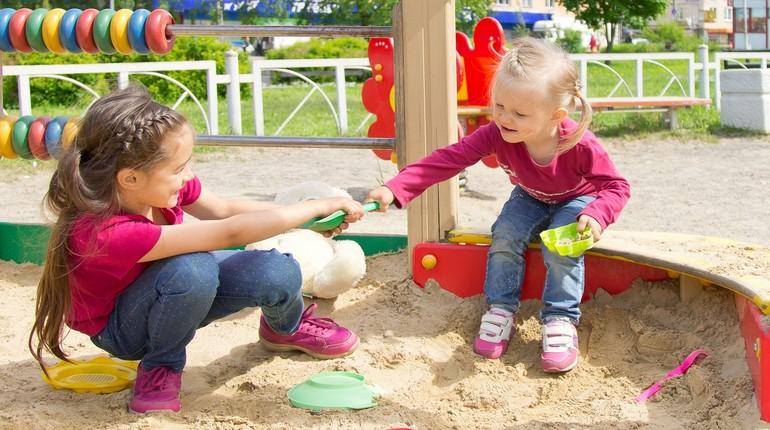 конфликт в песочнице, конфликтный ребенок