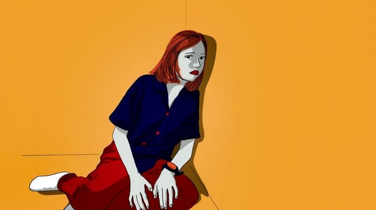 девушка сидит на полу прислонившись к стене, психологические проблемы девушки